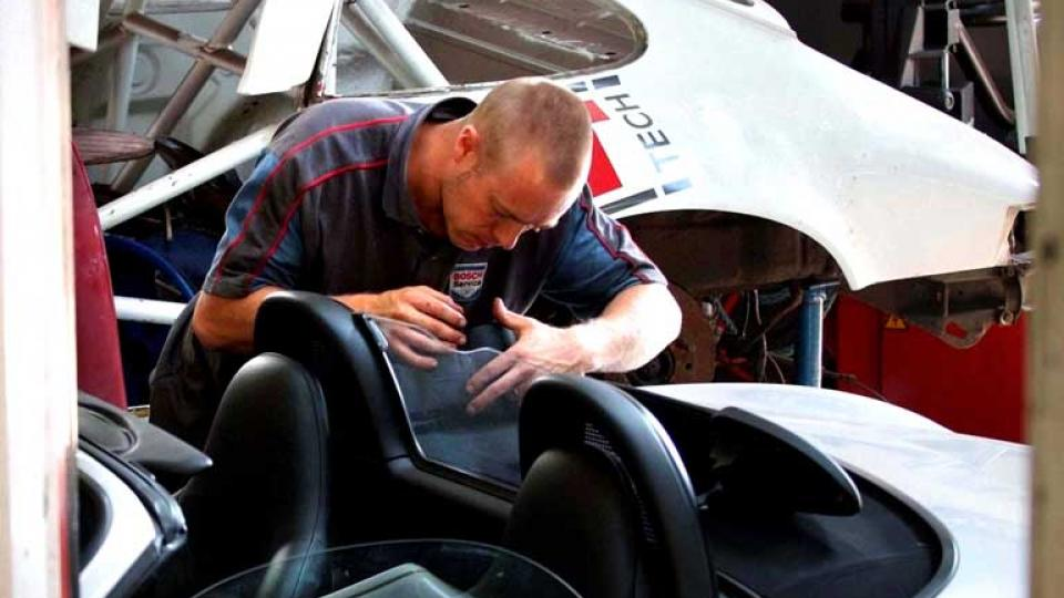 Experienced mechanics conduct repairs to all Porsche models