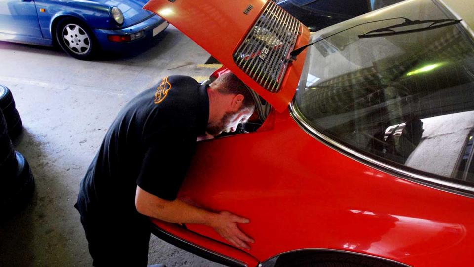 Porsche 911 repaired in Devon by Braunton Specialist