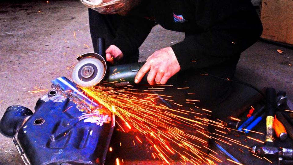 repairing the Porsche 993 exhaust and heat exchangers