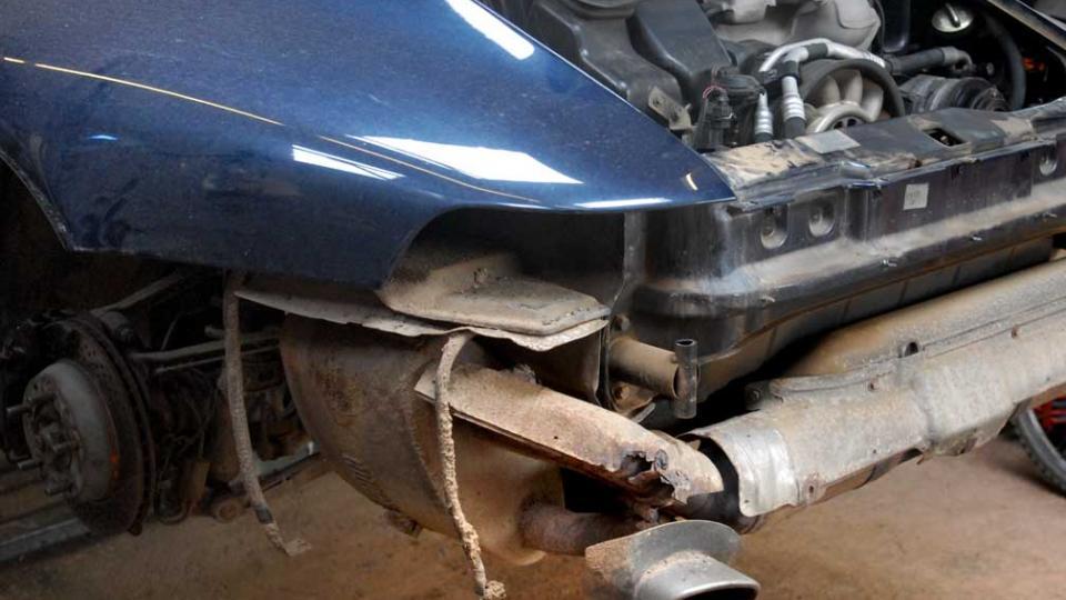 replacing the rusty 993 911 heat shields