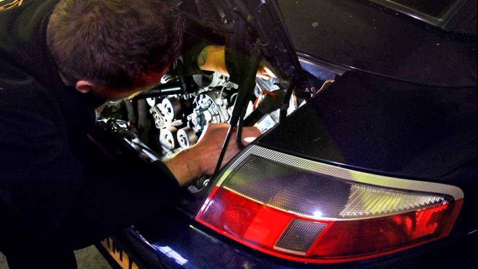 Porsche 996 service and repair specialist in Devon