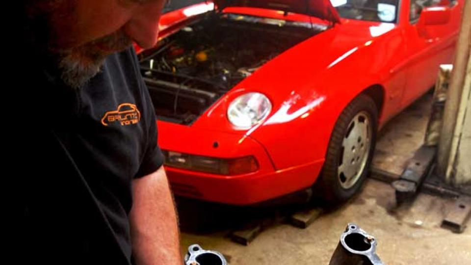 Porsche 928 repair & servicing specialist
