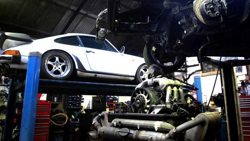 Porsche 930 911 turbo serviced and repaired by Ashley in Devon