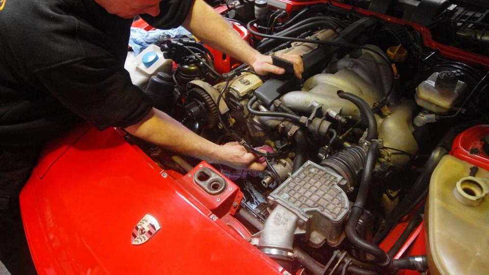 changing the cambelt and balance belt on the 944 every four years