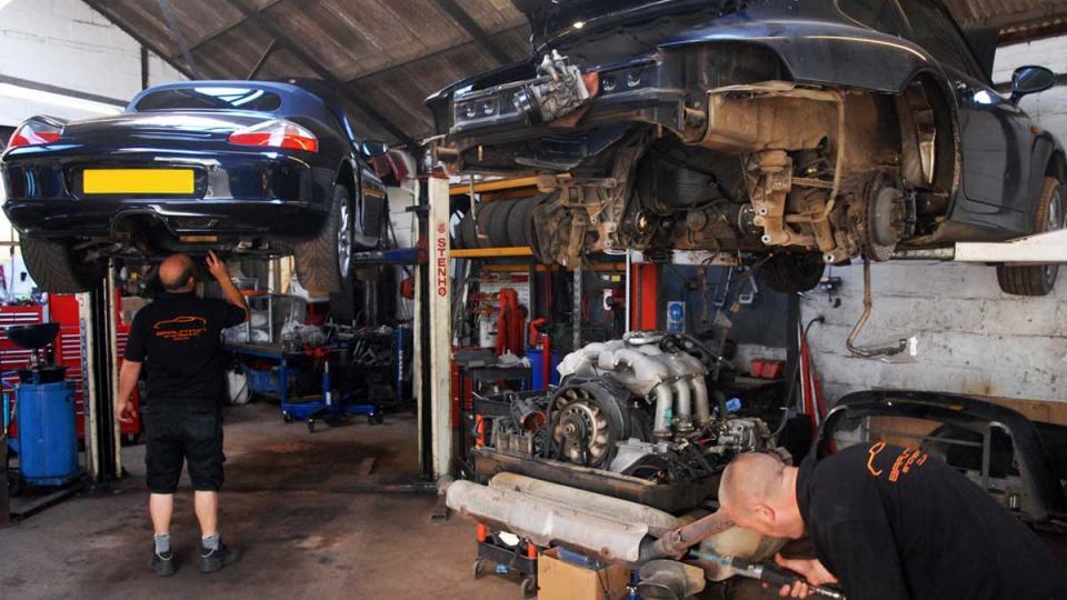 routine annual maintenance to the Porsche 993 Carrera