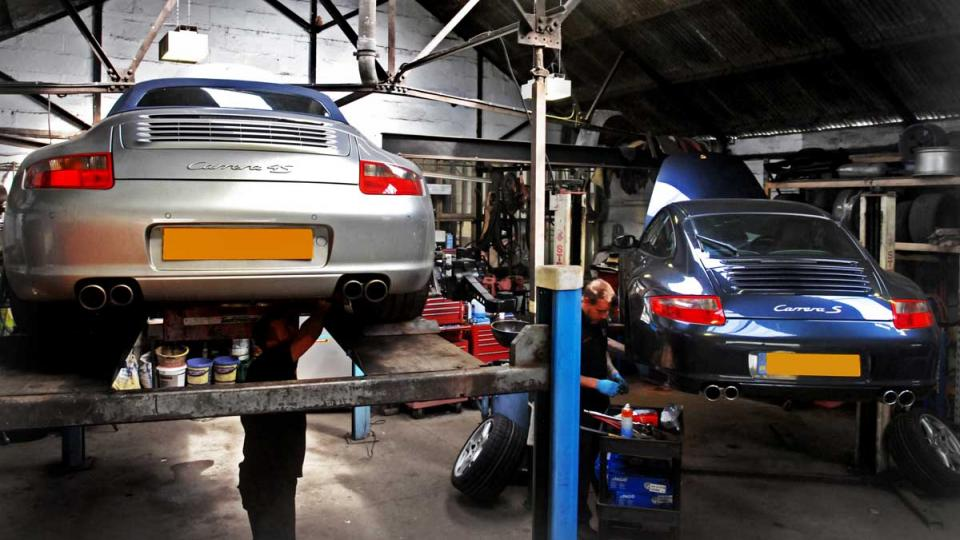 Dave conducts a service on the Porsche 996 Carrera