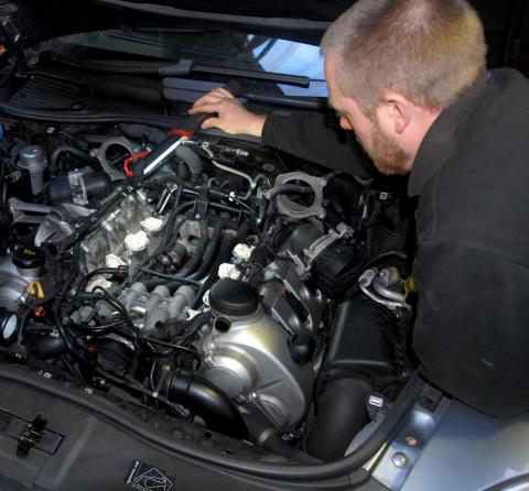 Split rubber cooling pipes leak water from Porsche Cayenne S