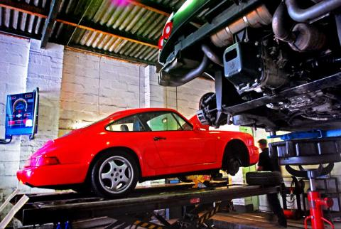 Porsche 964 fault diagnosed with replaced crank sensor