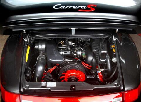 Finished Porsche 993 engine after performance rebuild