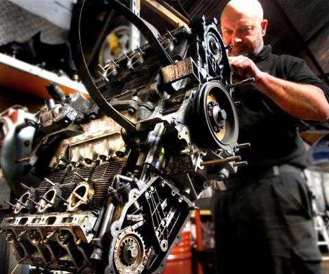 911 engine reassembly work for Porsche 964 engine rebuilding