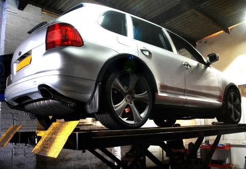 cayenne suspension fault cured at Porsche Specialist Braunton Engineering
