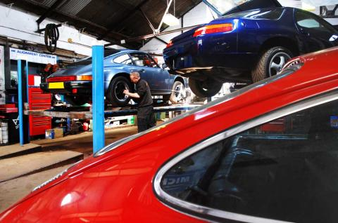 A few Porsche's visit Devon for repair at Braunton Engineering