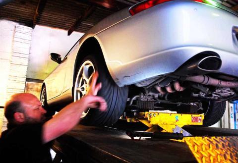 MOT testing of Porsche 911 sports cars in Braunton Devon
