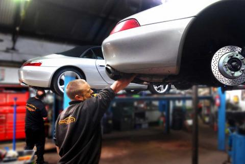 Engine health is extended in the Porsche 911 with a yearly oil change
