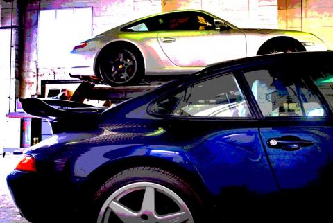 997 and 993 Porsche at Braunton Garage in Devon